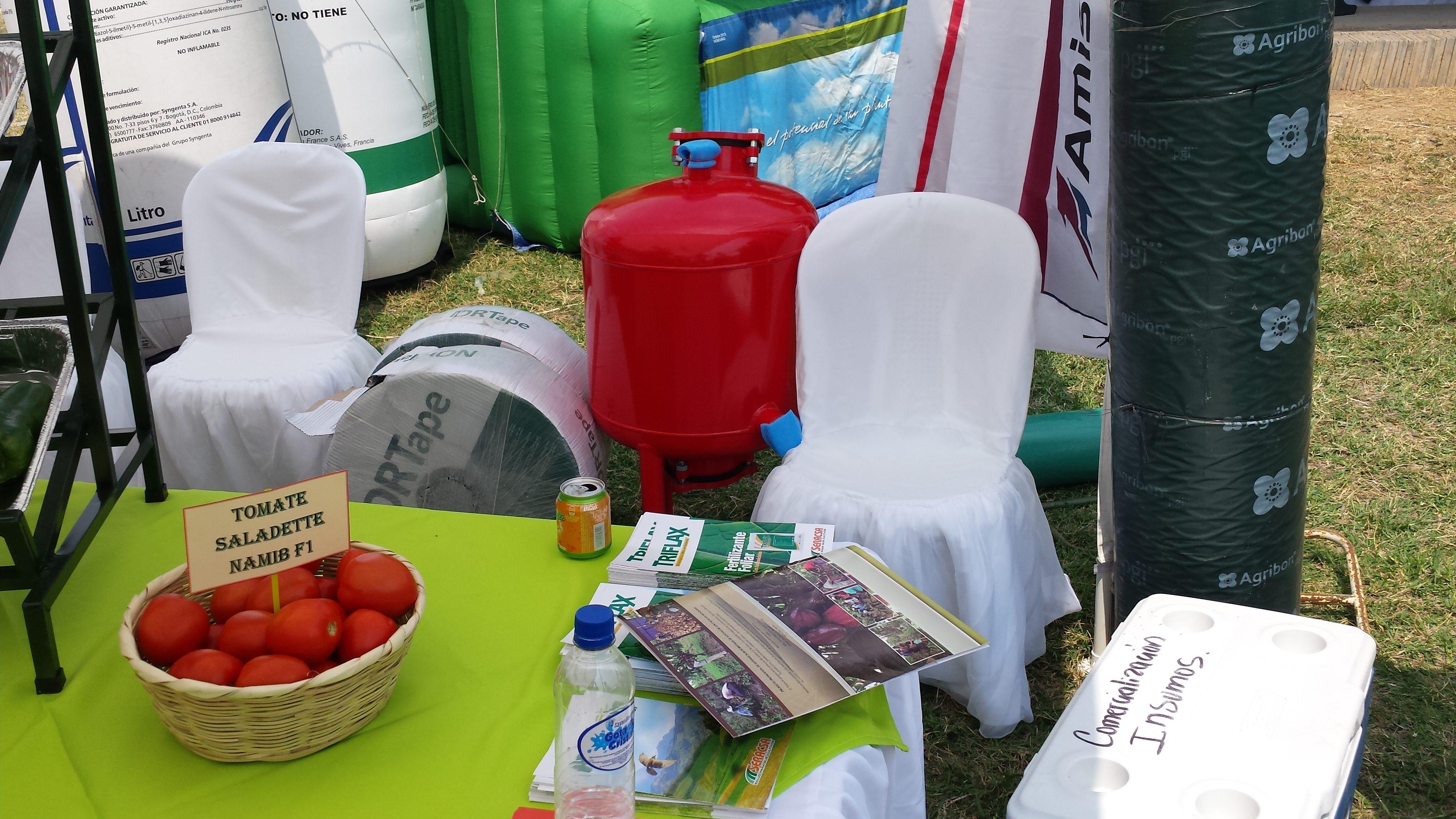 Feria Internacional Agrícola Comayagua- Materiales de GCM en la feria. Nortape y filtro de arena.
